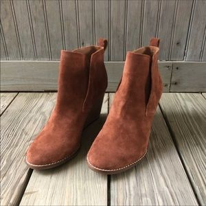 Lucky Brand Yoniana Wedge Bootie Chipmunk Color